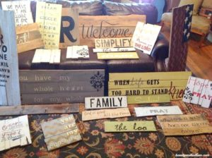 Do-It-Yourself-Sign-from-a-Pallet-@beautyandbedlam