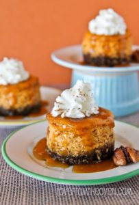 Mini-Pumpkin-Cheesecakes-With-Gingersnap-Crust-3-2-693x1024