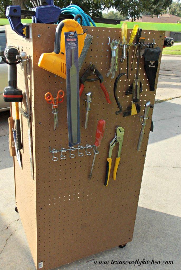 Super Easy DIY Tool Cart